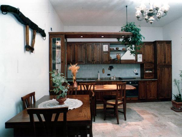 Cucine classiche forl faenza componibili ad angolo - Cucine classiche economiche ...